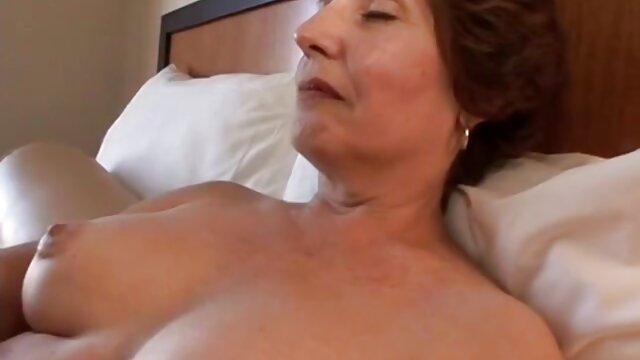 Sexe passionné avec une blonde meilleur film porno hd