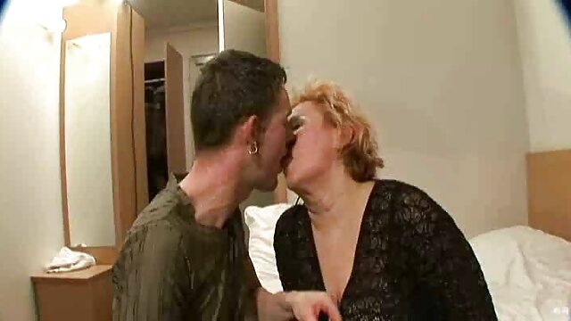 Brune streaming film porno hd passionnée pipe profonde