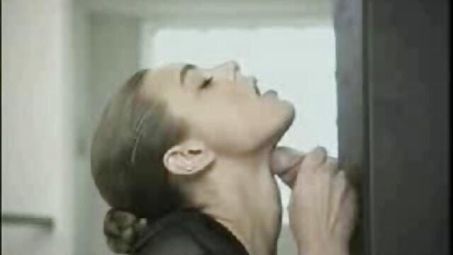 Porno à gros seins filme x hd chaud