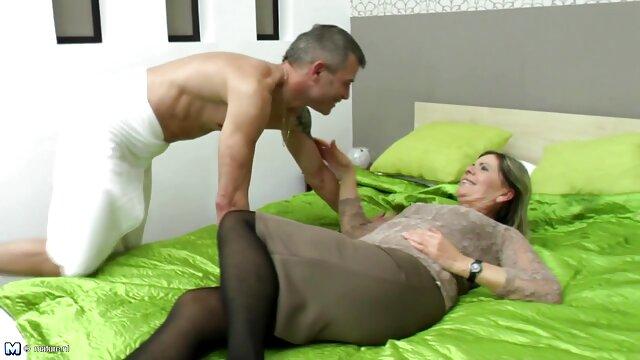 Cum LESBIENNES: Les meilleur film porno hd filles se baisent
