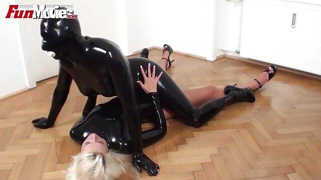 Sexe avec une fille dans le garage 125 film porno en hd gratuit