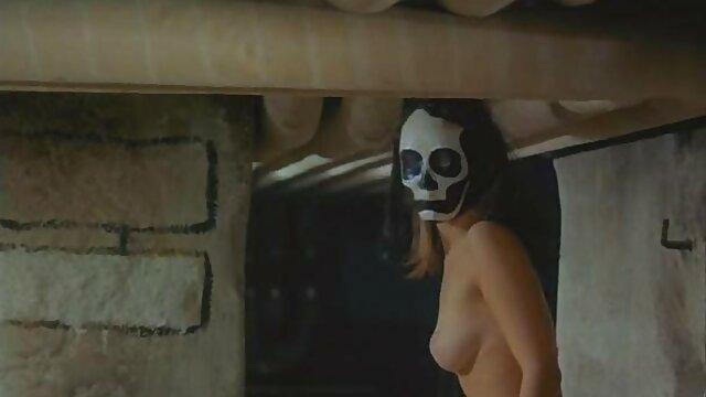 Jeune film x hd gratuit fille timide pipe