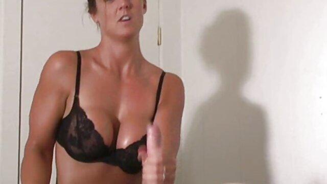 Maman a porno francais gratuit hd montré comment baiser