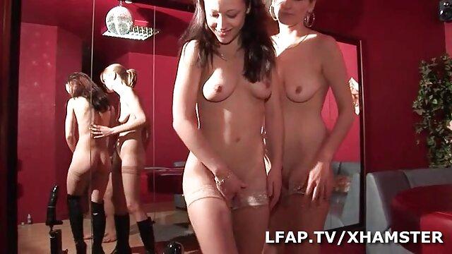 Secrétaire film porno hd en francais plantureuse en bas